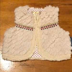 Cozy detailed Vest